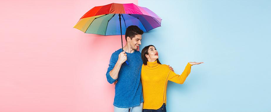 Яркие зонты и зонтики для всей семьи