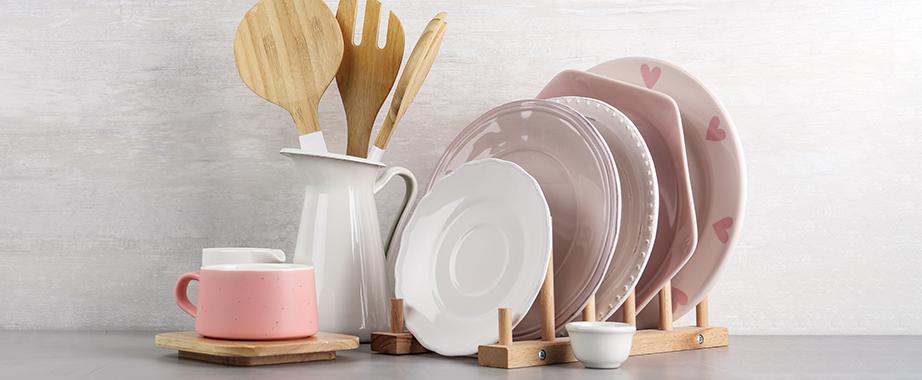 Различная столовая, кухонная посуда и аксессуары себе в дом и на подарок