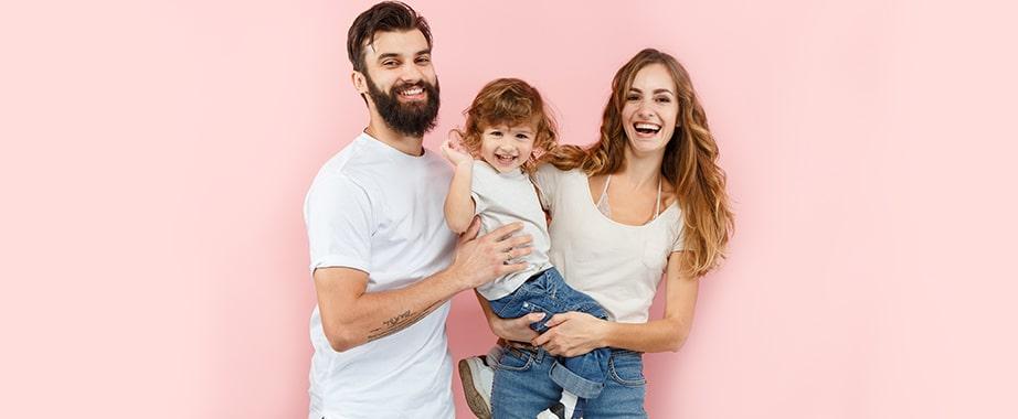 Новая коллекция красивой одежды для всей семьи
