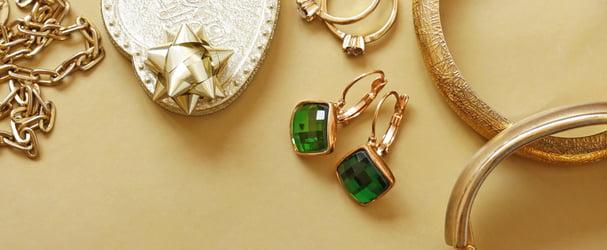 Яркие украшения с натуральными камнями