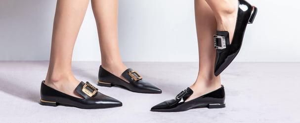 Мультибрендовий розпродаж стильного взуття