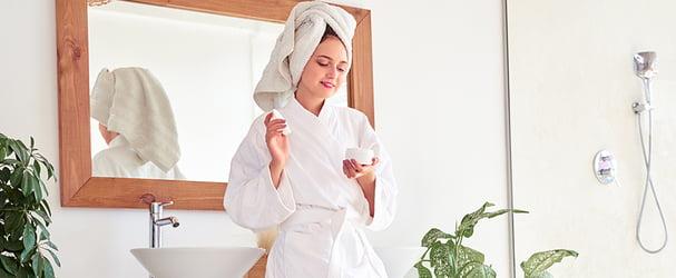 Всё для ванной комнаты: полотенца, халаты, коврики