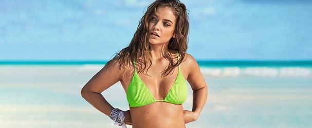 Розпродаж красивих купальників популярних брендів