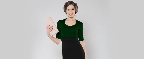 Ліквідація останніх розмірів красивих жіночих нарядів