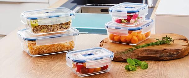 Кухня з комфортом: графини, хлібниці, дошки кухонні, аксесуари, салатники