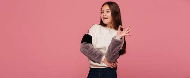 Суперраспродажа стильных коллекций одежды для детей до 15 лет