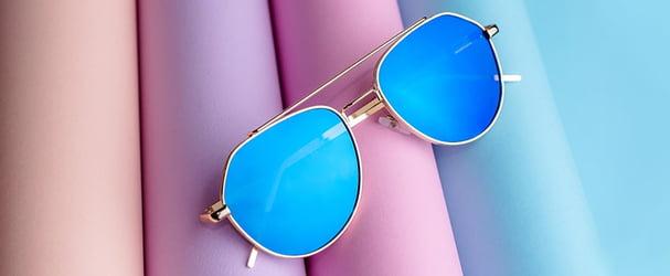 Распродажа стильных солнцезащитных очков для любого образа