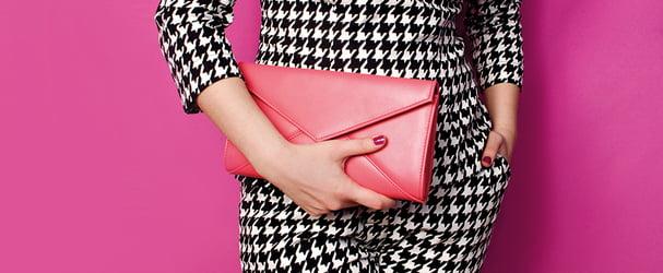 Розпродаж ексклюзивних шкіряних сумок і гаманців за суперцінами
