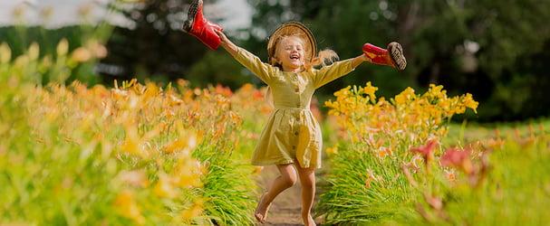 Красиві літні сукні та сарафани для маленьких модниць