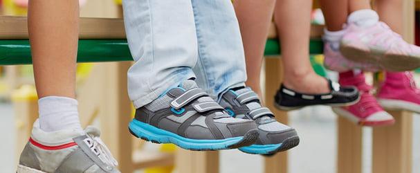 Стильне і комфортне дитяче взуття за доступними цінами