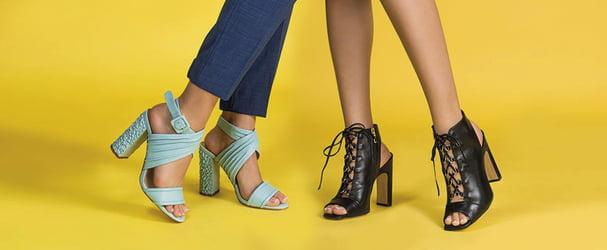 Розпродаж яскравого і стильного взуття за зниженими цінами