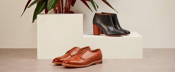 Розпродаж шкіряного взуття: туфлі, балетки, босоніжки