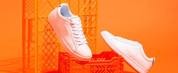 Розпродаж шкіряного взуття: чоботи, черевики, кросівки