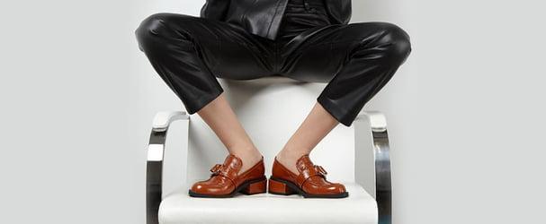 Туфлі, кросівки, кеди, мокасини для стильного образу