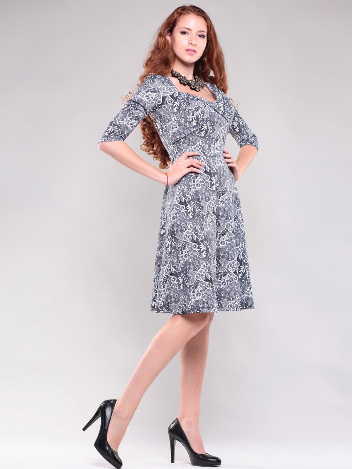 Платье черно-белого цвета в узор | 1397176