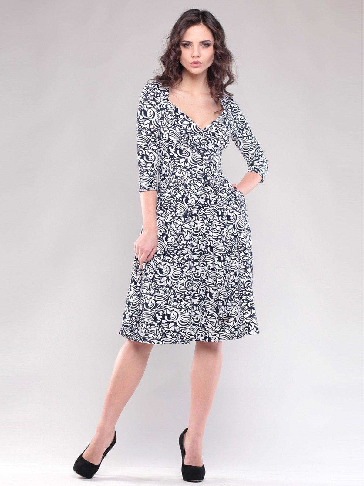 Сукня чорно-біла в принт | 1545303
