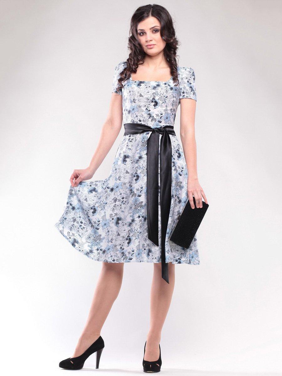 Платье бело-голубое в цветочный принт | 1647186