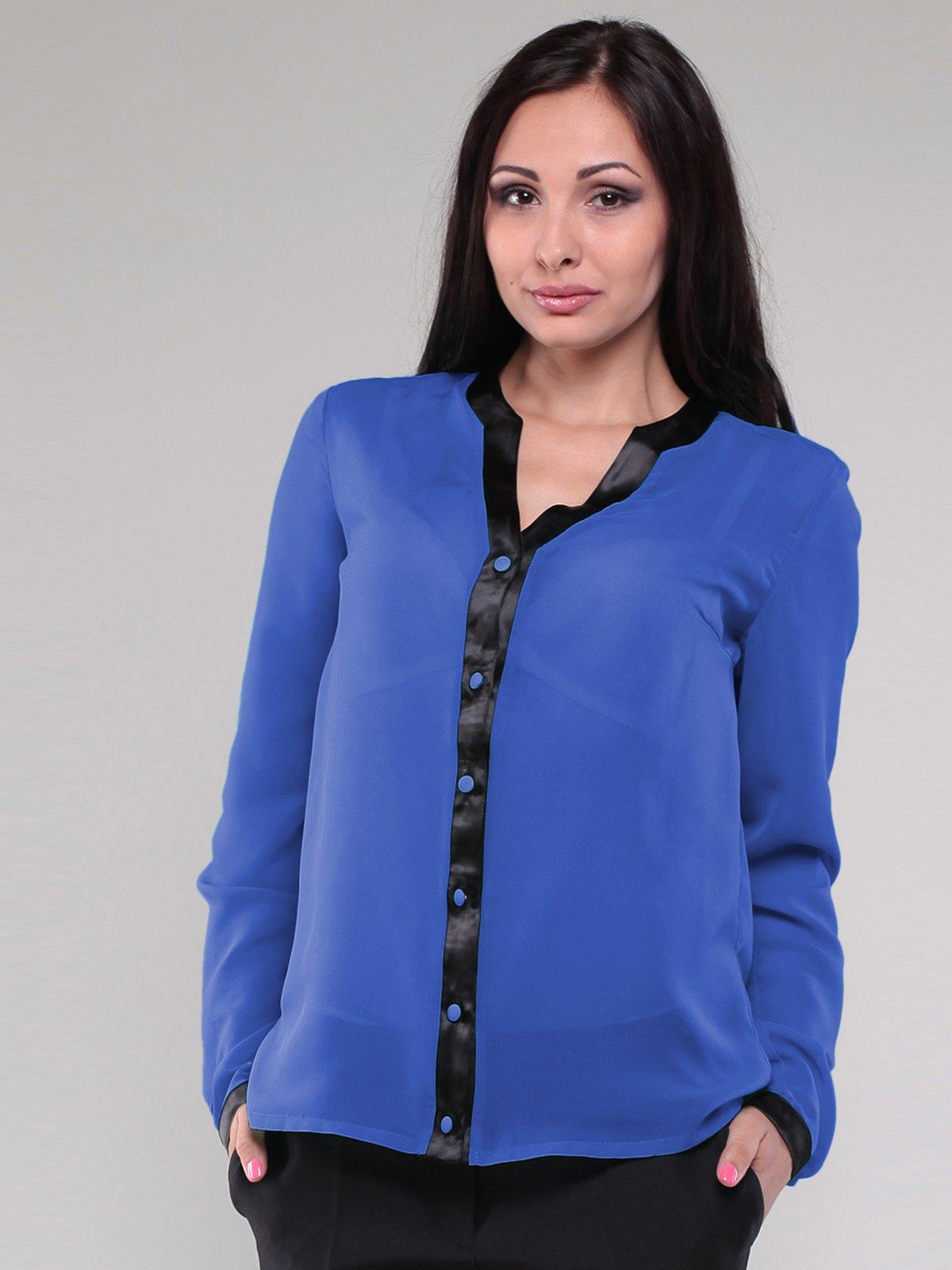 Блуза кольору электрик з контрастним оздобленням | 1780764