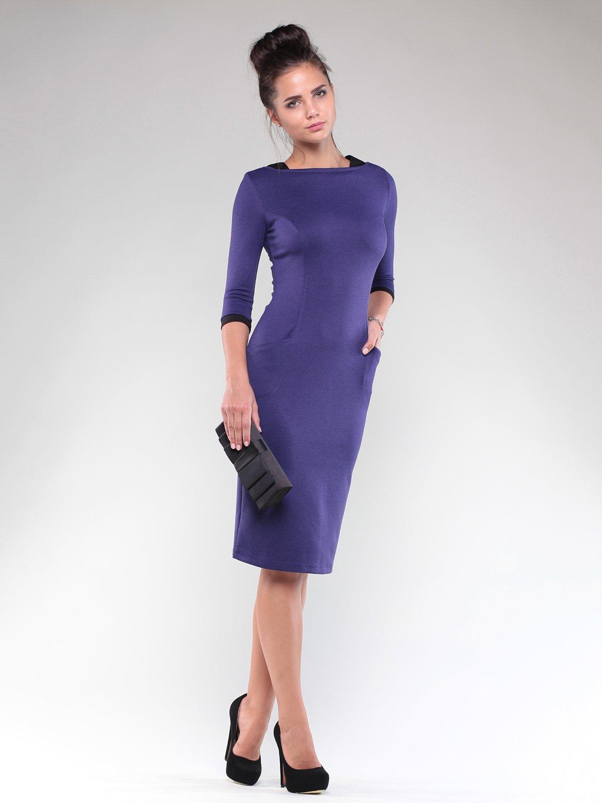 Сукня чорна з контрастним оздоблення   1832298
