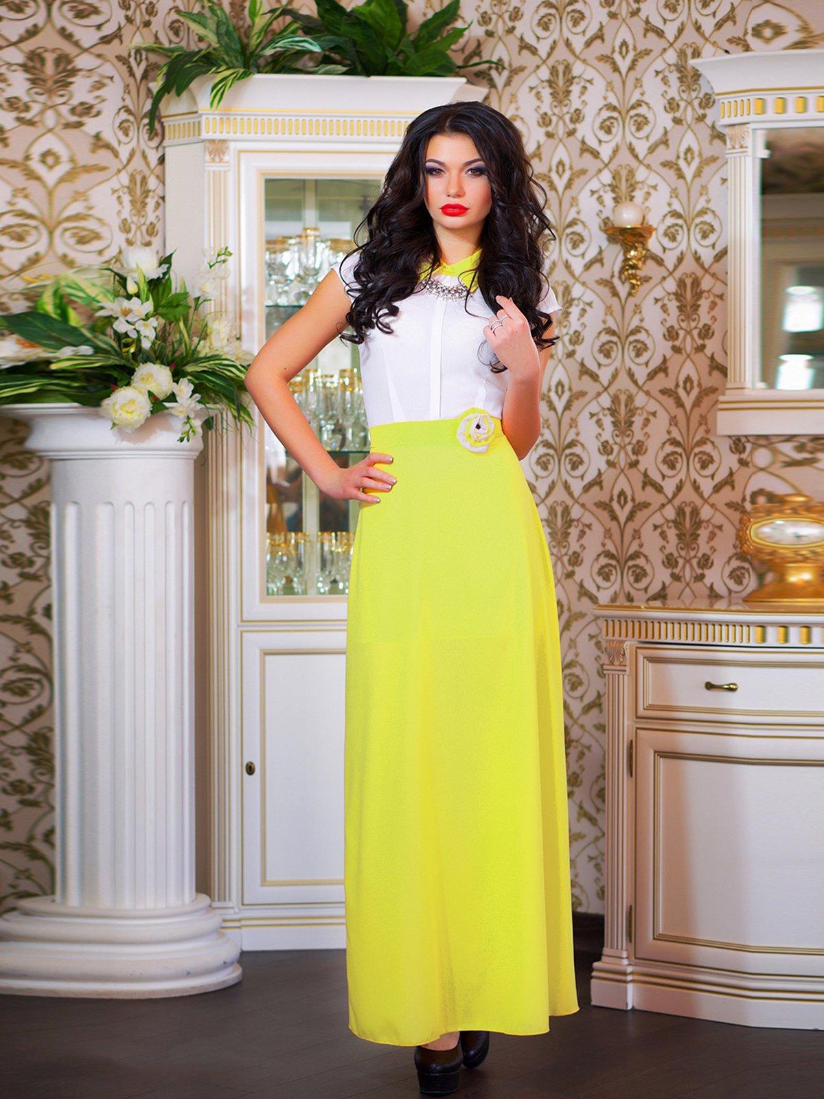 Сукня біло-жовта з квіткою | 1693853