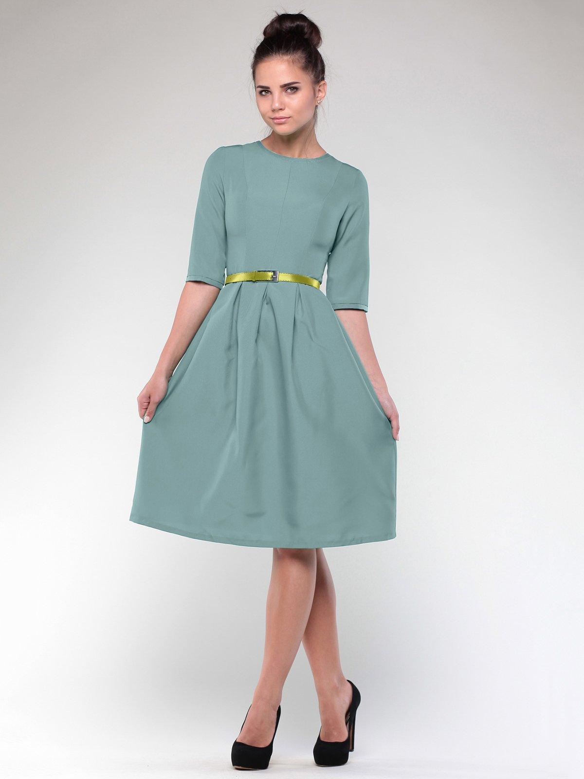 Платье оливкового цвета   1984452