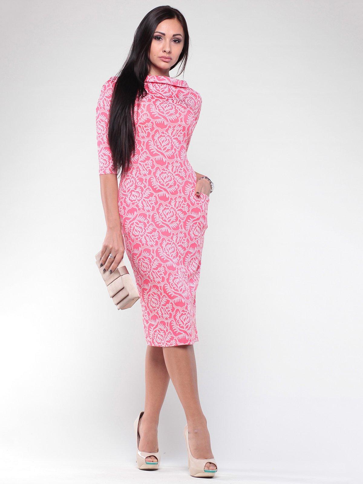 Платье темно-кораллового цвета в принт | 2024095