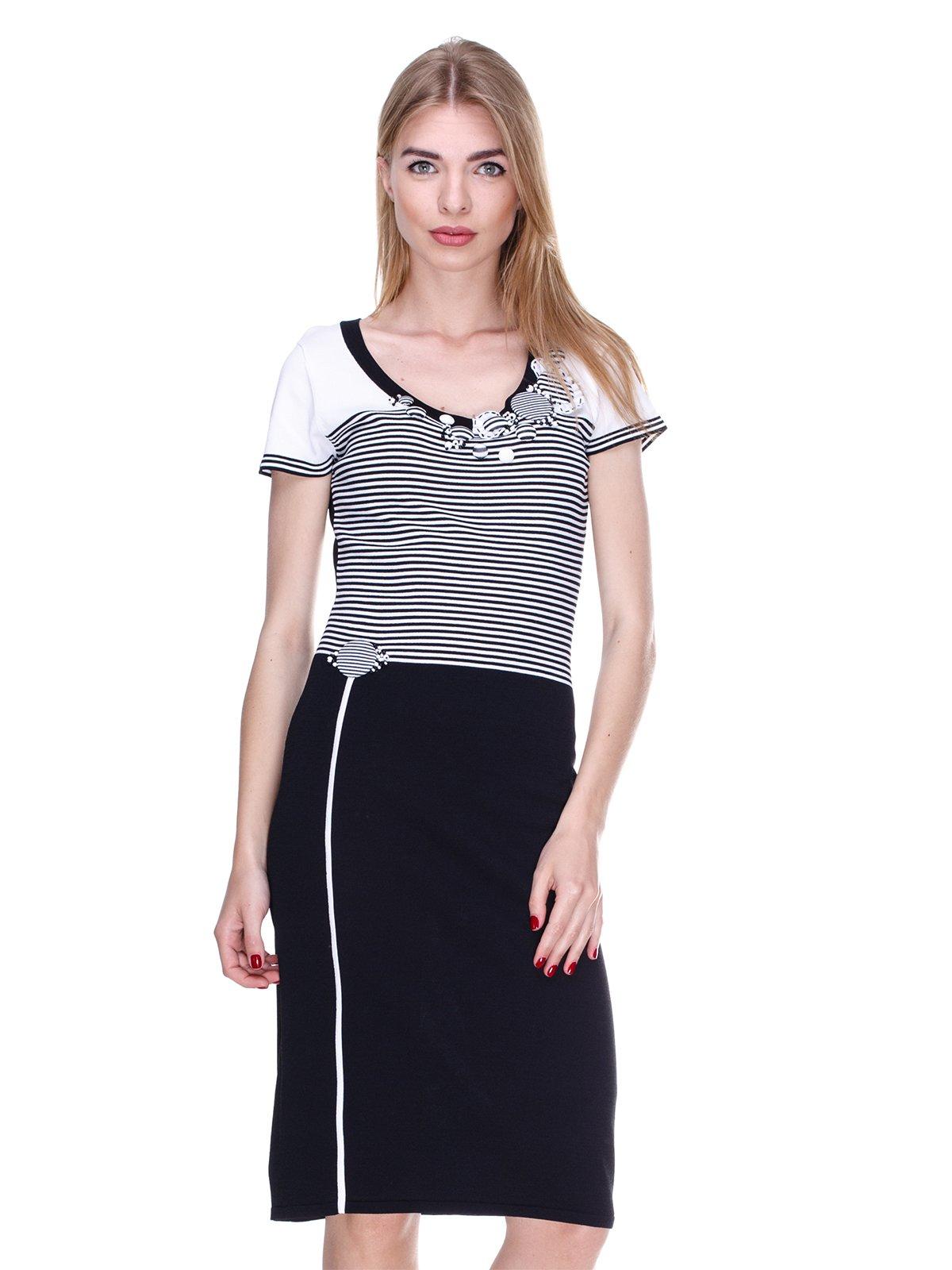 Платье черно-белое в полоску   2302447