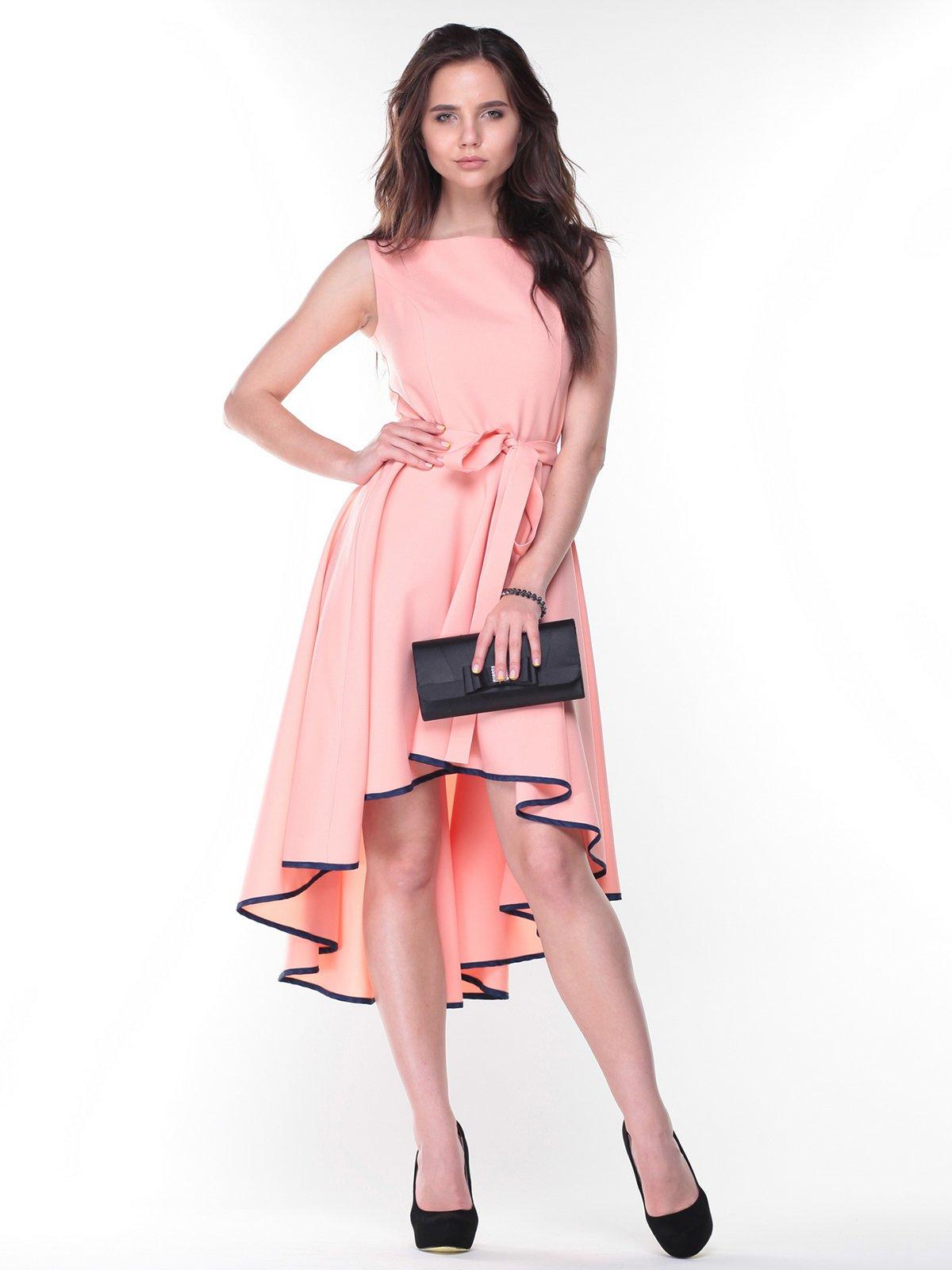 Платье персикового цвета | 2370534