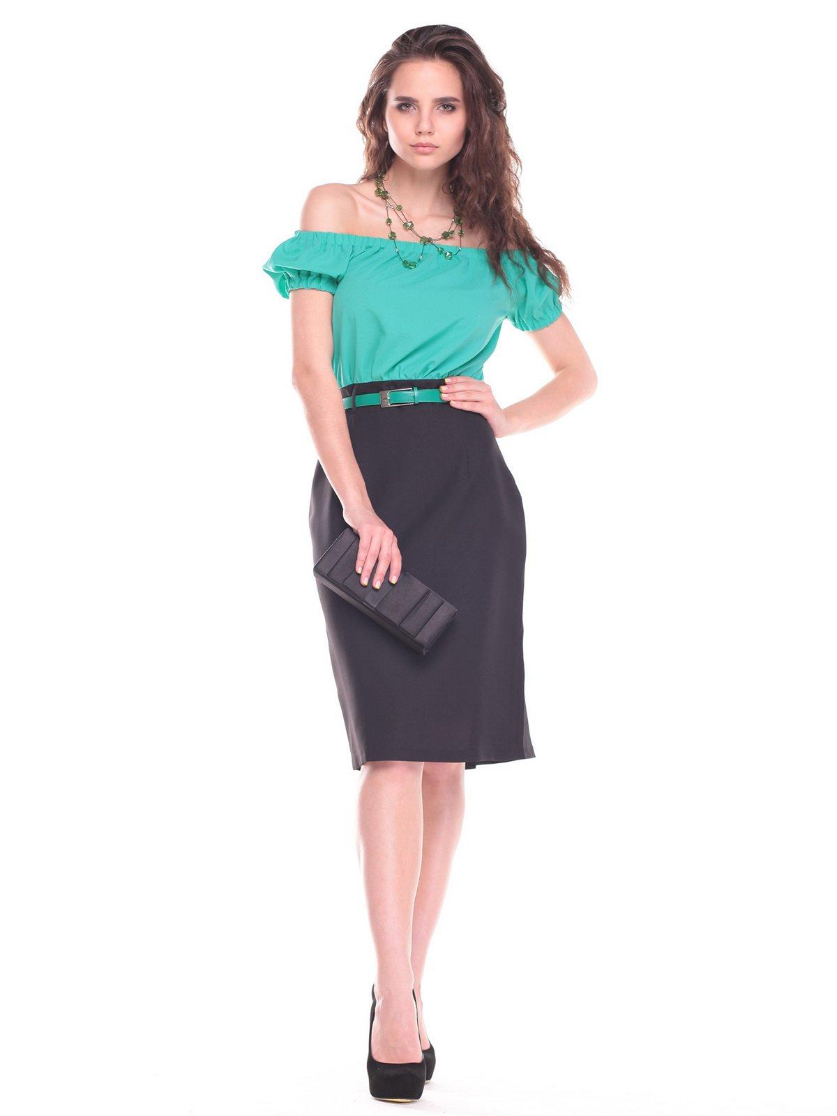 Платье ментолово-черного цвета | 2439893