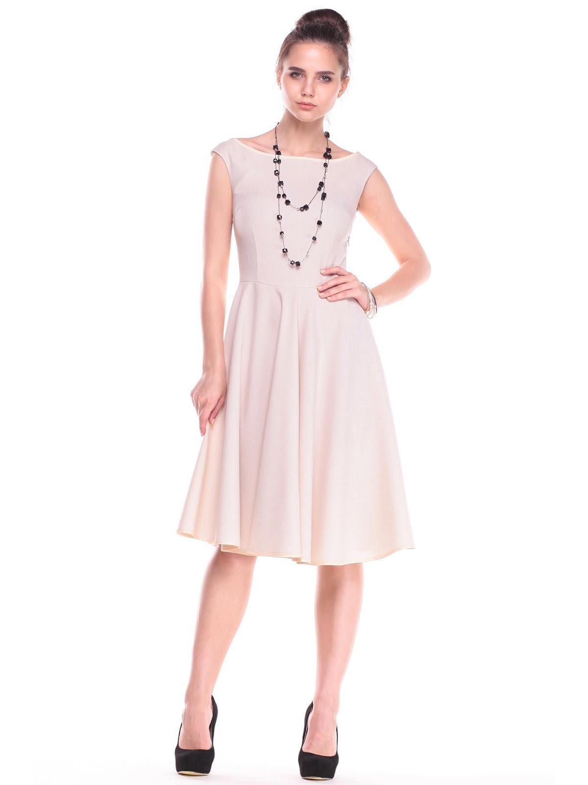Платье светло-бежевое | 2416245