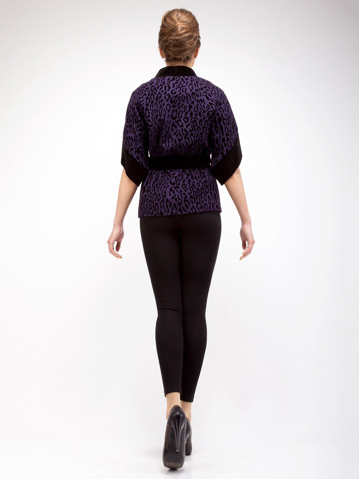 Пальто фиолетовое анималистической расцветки | 2580806 | фото 2