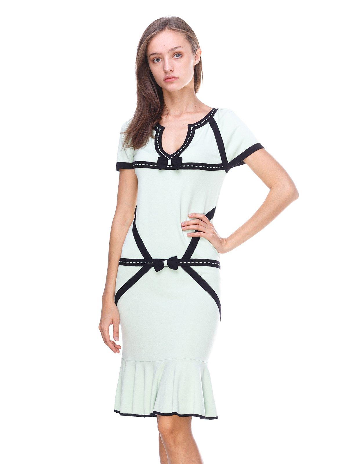 Платье светло-зеленое с контрастной отделкой | 2619428