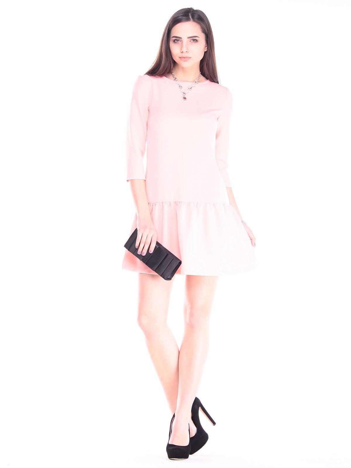 Платье персикового цвета | 2917836