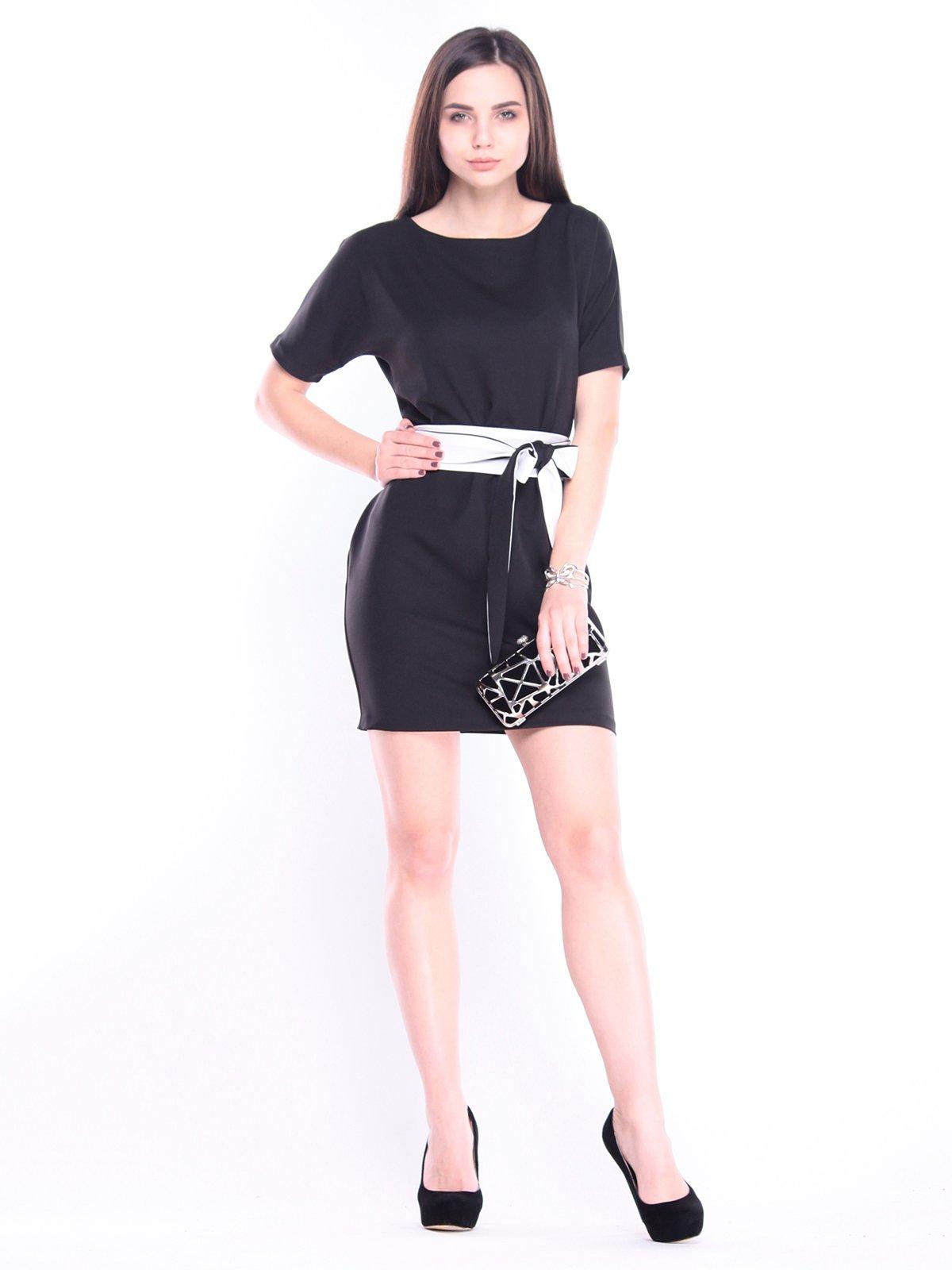 Платье черно-молочного цвета   3008157