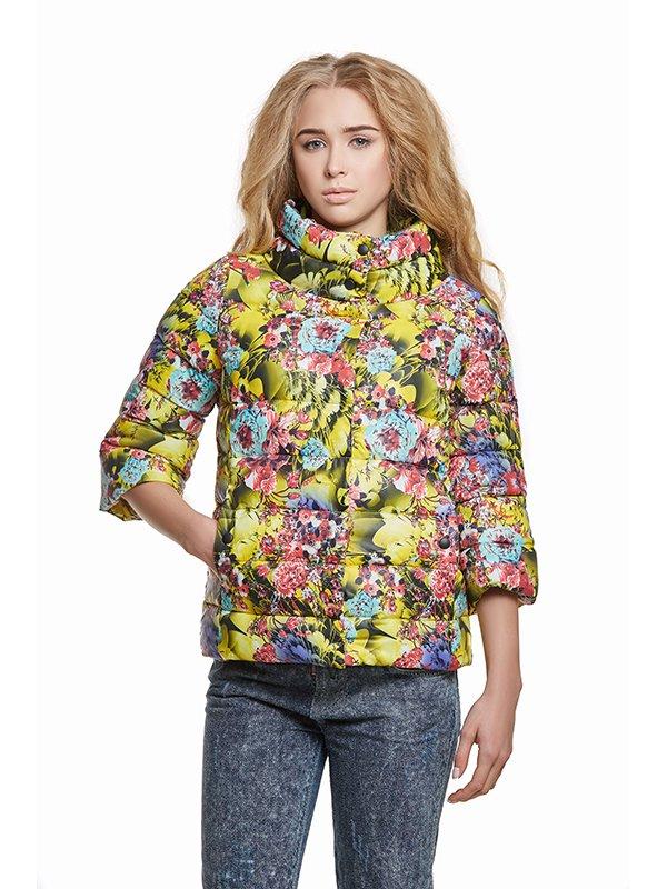 Куртка лимонного кольору в принт | 3094415