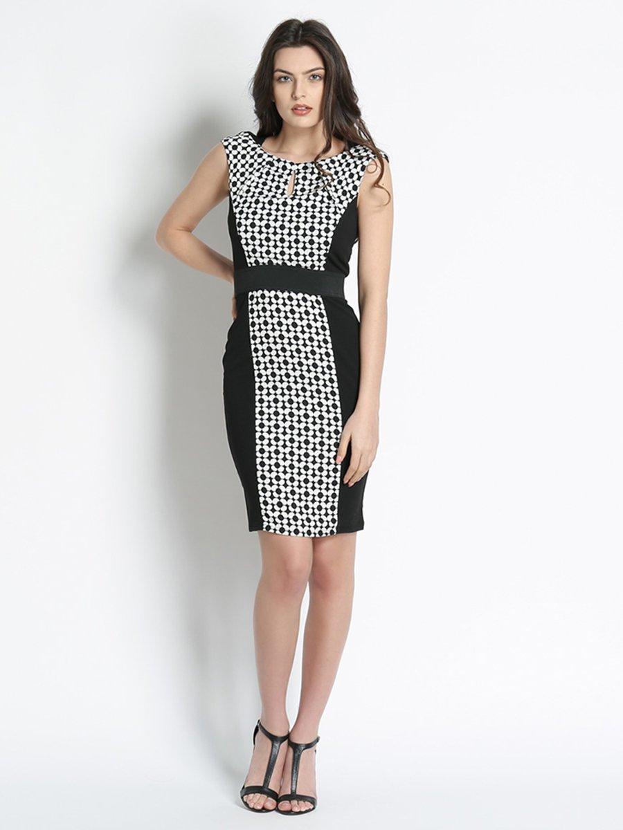 Платье черное с цветочным принтом | 3186155