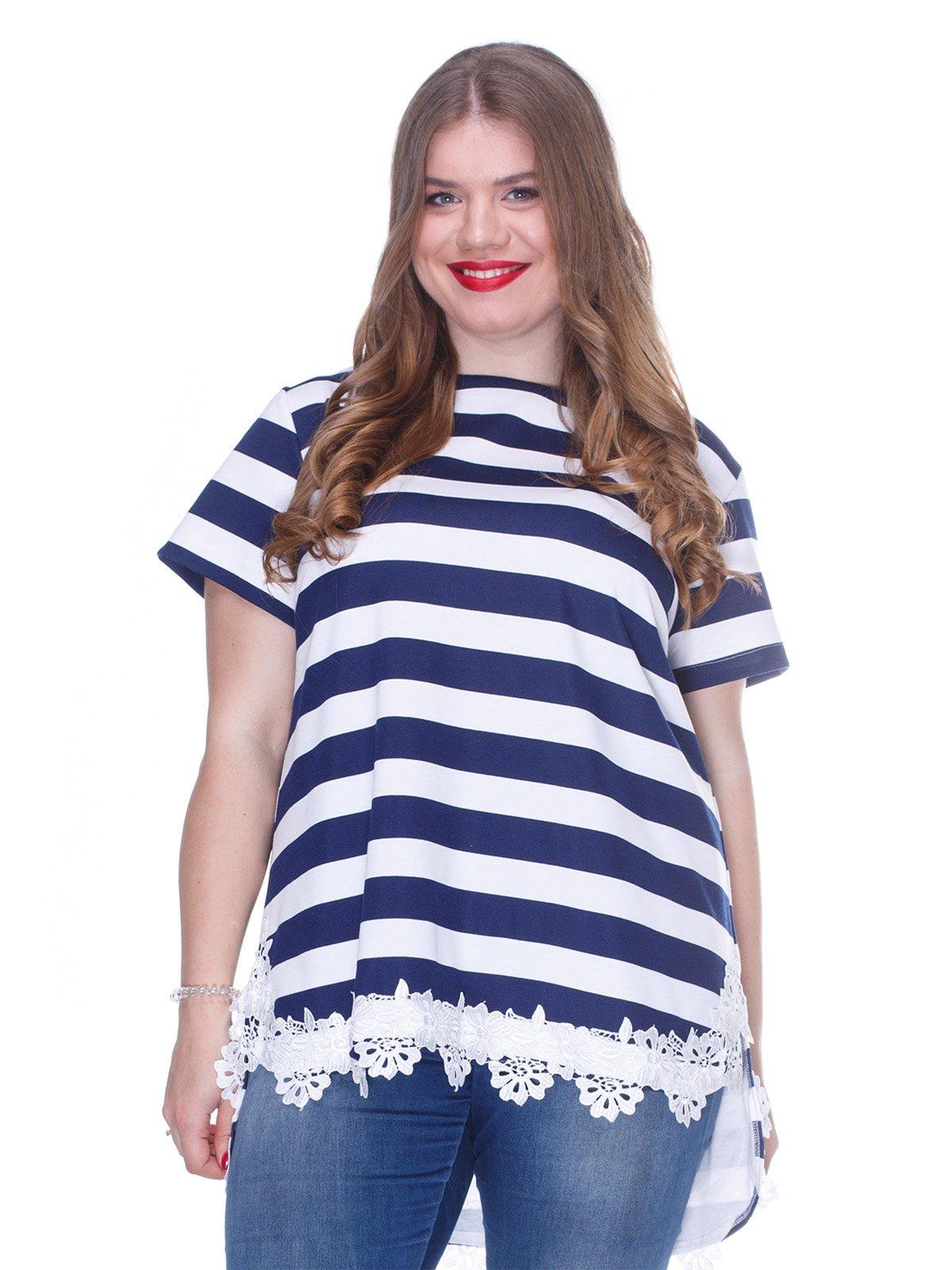 Блуза в смужку з мереживом і асиметричним низом | 3246640