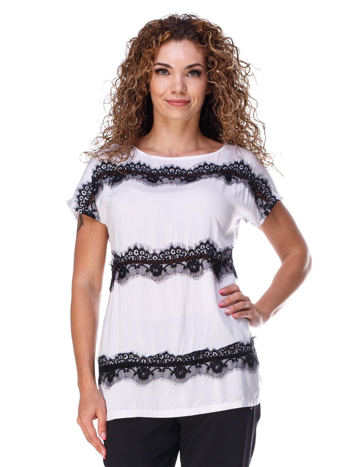 Блуза білого кольору з мереживом легка   3315322