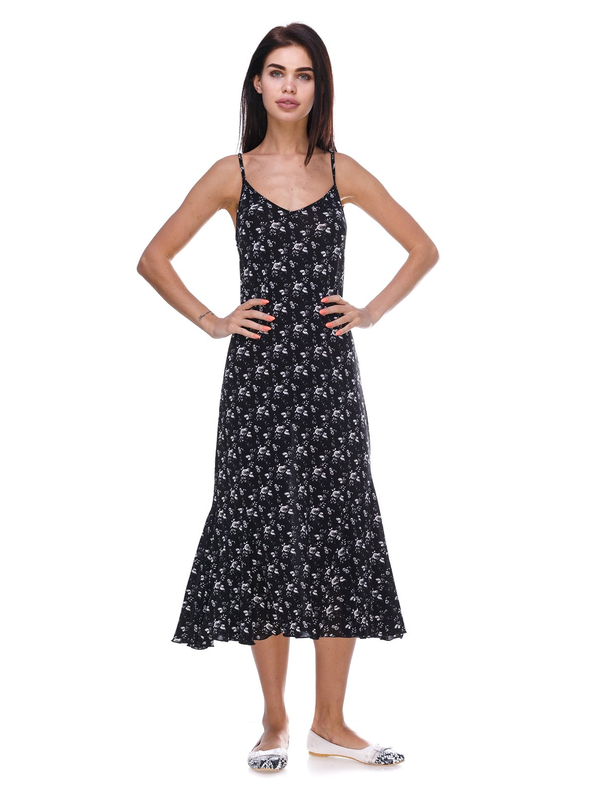 Платье черное в цветочный принт | 3387723