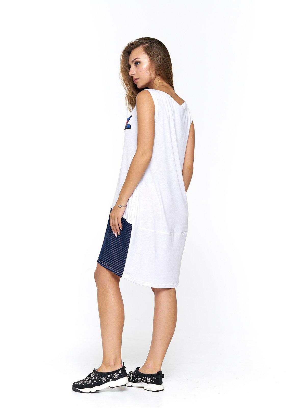 Платье бело-синее в полоску с принтом | 3475044 | фото 2