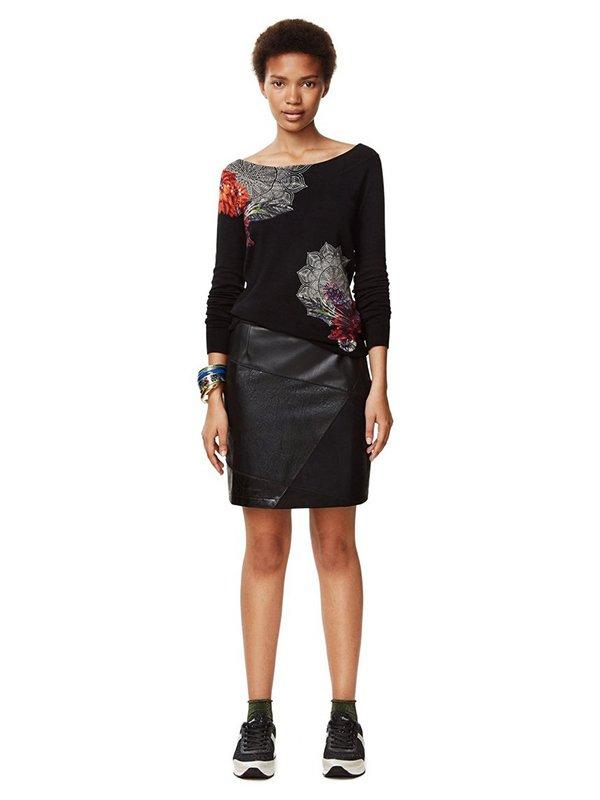 Джемпер черный с цветочным принтом | 3487794