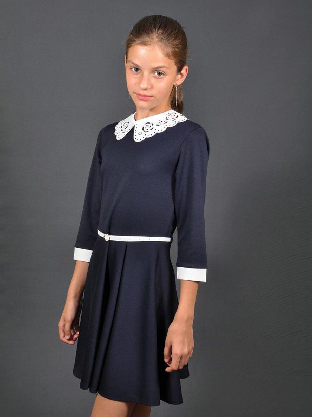 Платье синее со съемным ажурным воротником   3435611