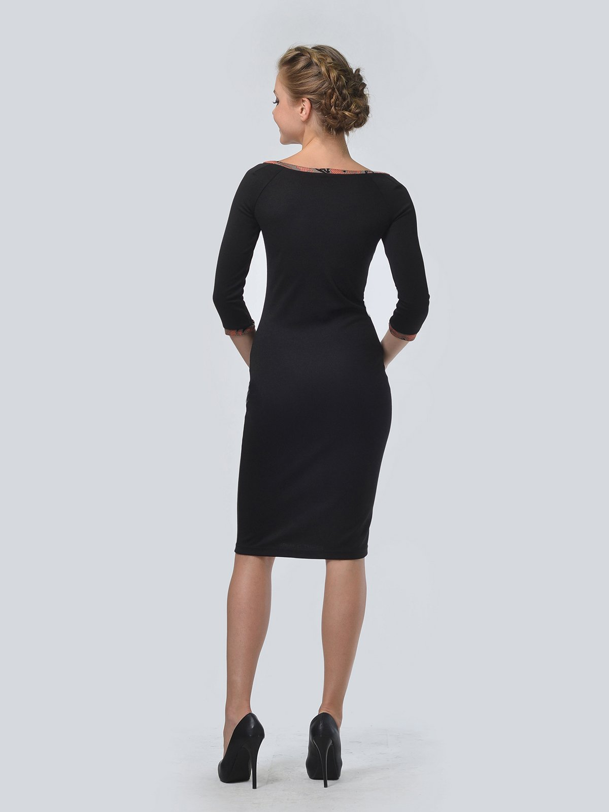 Платье черное в принт | 3505476 | фото 4