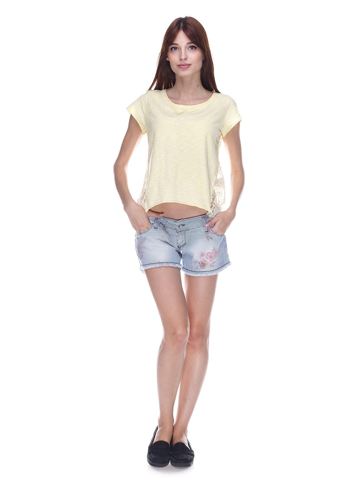 Шорты голубые джинсовые с цветочным принтом | 3568868