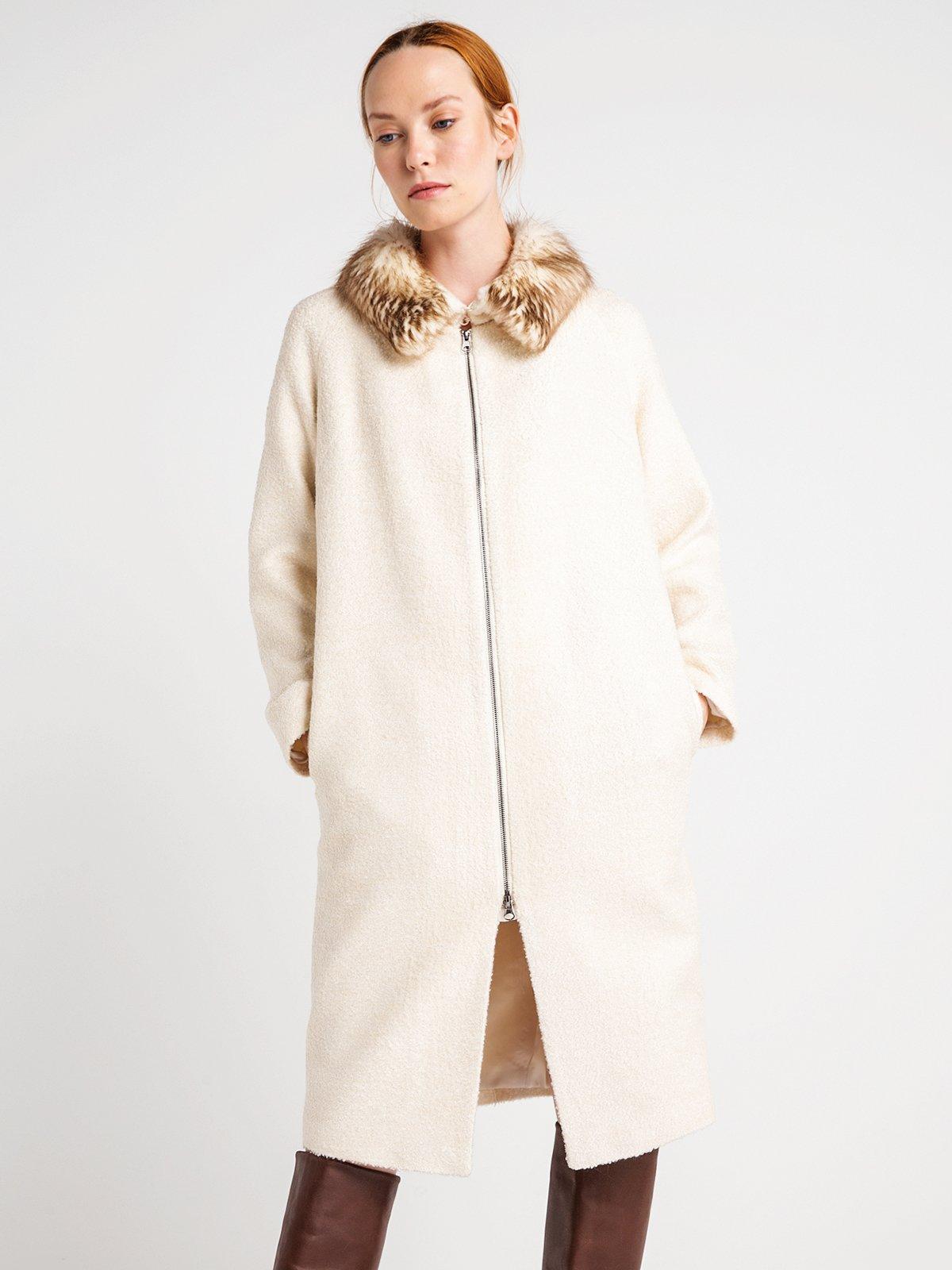 Пальто жемчужного цвета | 3606568 | фото 3