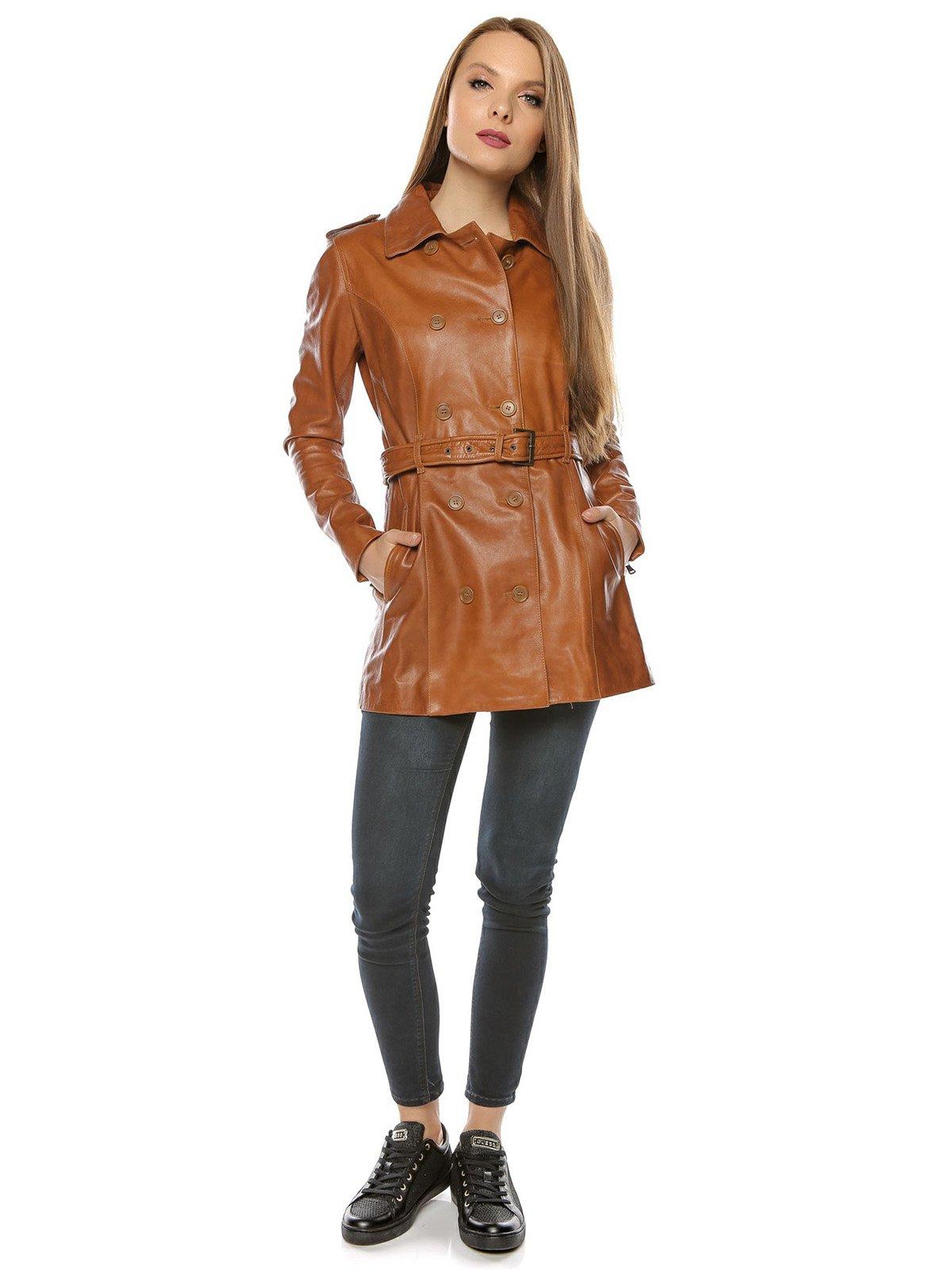 Куртка коньячного цвета | 3674410