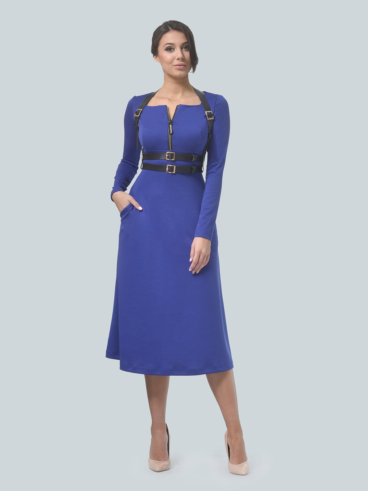 Платье цвета электрик | 3683584
