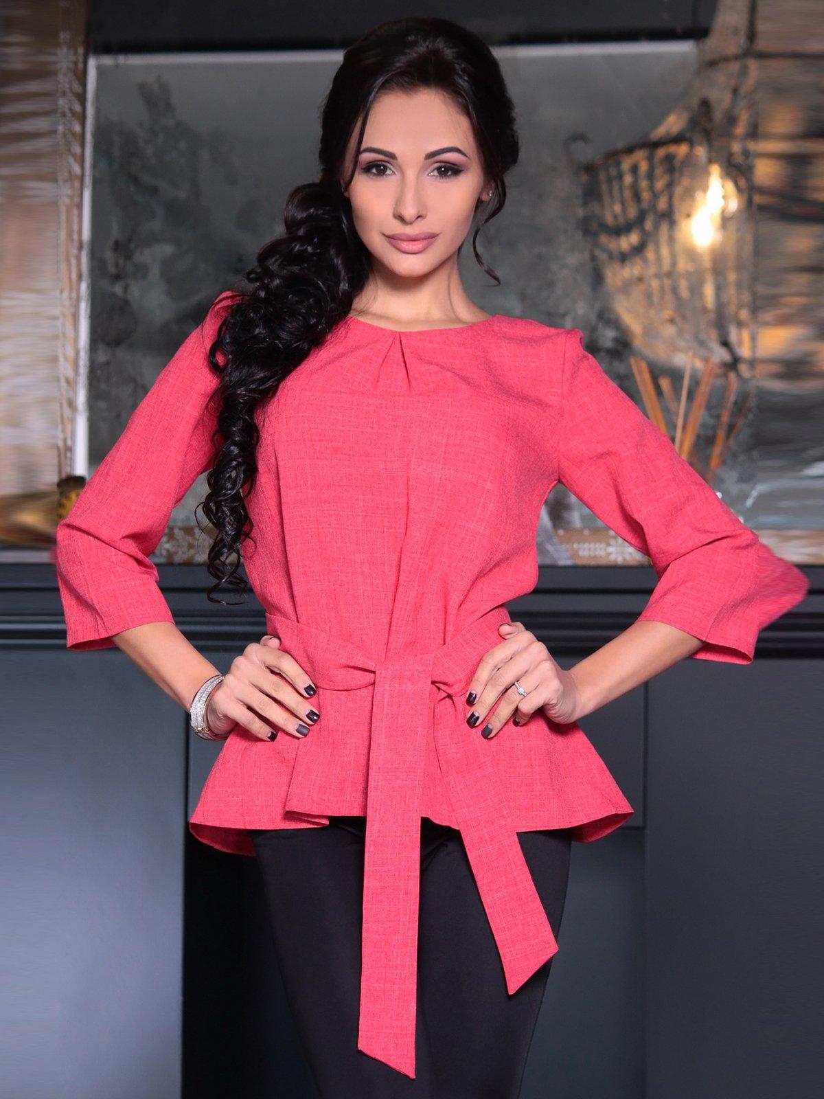 Блуза цвета красный коралл   3692815