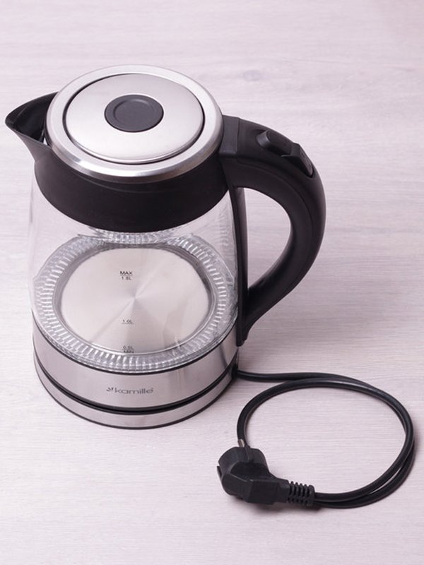 Чайник електричний з синім LED-підсвічуванням (1,8 л) | 3699998