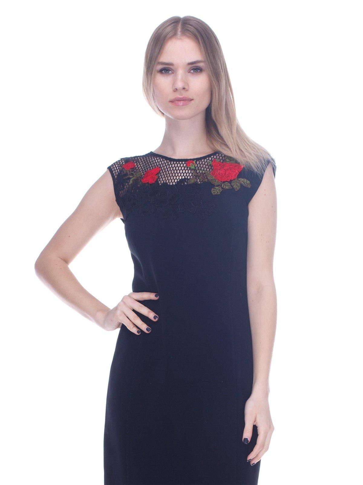 Сукня чорна з аплікацією | 3752060